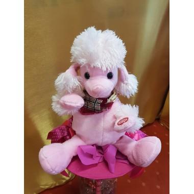 Zenélő virágcsokor rózsaszín kutya
