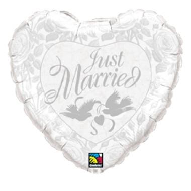 18 inch-es Just Married Szív Fólia Lufi