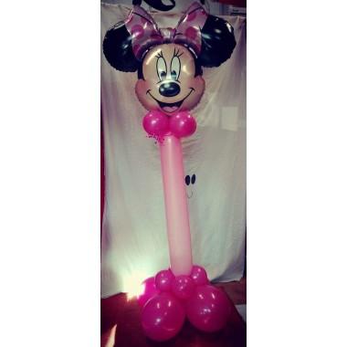 Minnie , Mickey álló oszlop