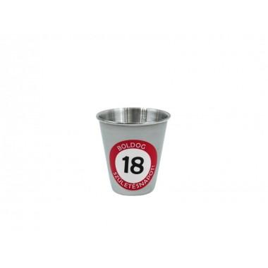18-as feles pohár